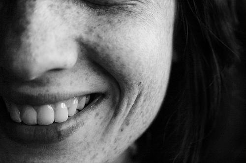 Enfermedades de la encia durante la menstruación