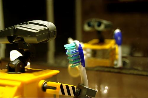 Un cepillo de dientes que no necesitaria pasta dental
