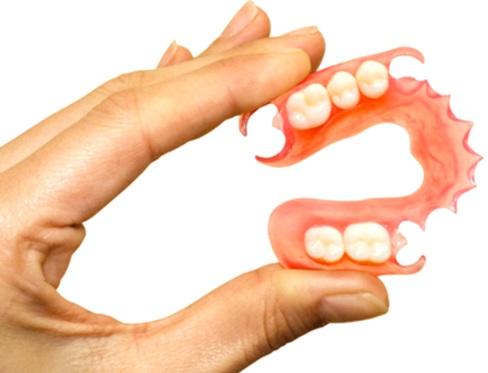 protesis dentales, bacterias y levaduras