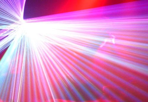 Agua y Laser enfermedad de las encías