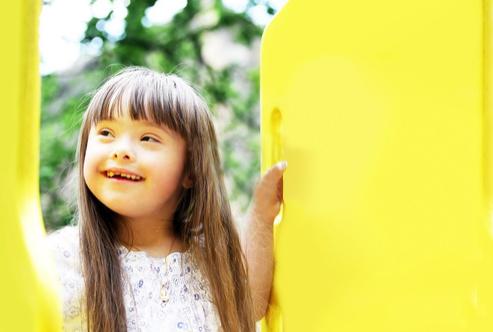 Cuidados y prevención bucodental para pacientes con Síndrome de Down