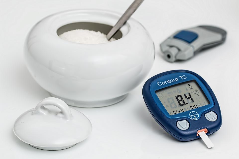 Cómo tratar las encías de los diabéticos