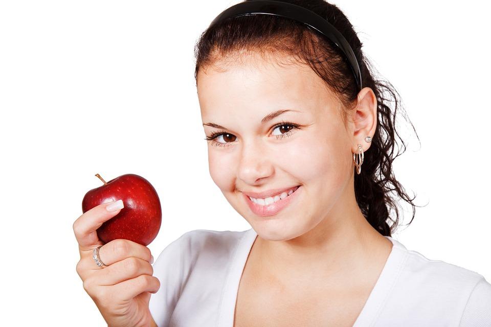 Cómo evitar el sangrado gingival