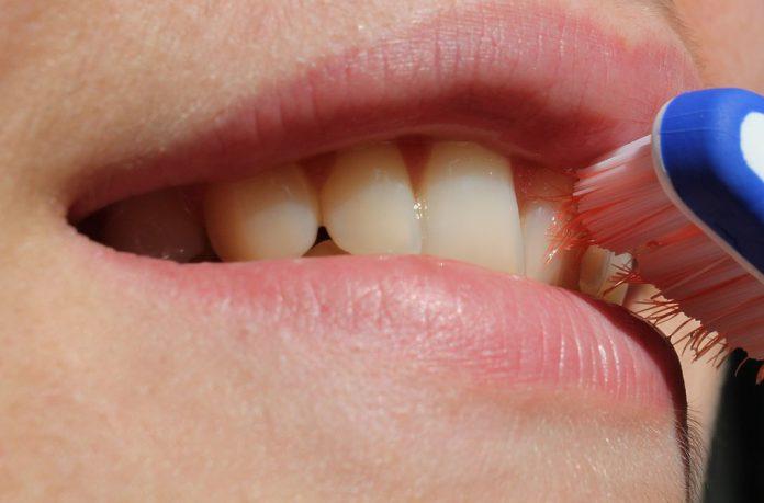 Las ventajas de los cepillos dentales inteligentes