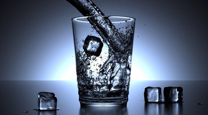 El agua fluorada nos aportan muchas ventajas