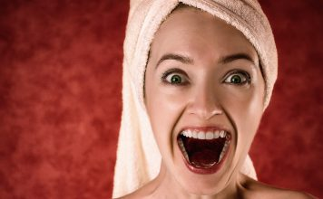 Cómo evitar la sonrisa gingival