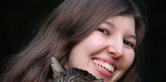 Carillas dentales: cómo rejuvenecer su aspecto