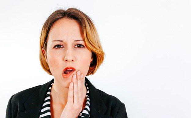 Qué hago si se me infectan los implantes dentales