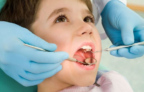 corona dental pediatrica