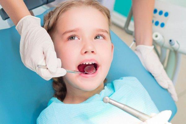 nina-dentista