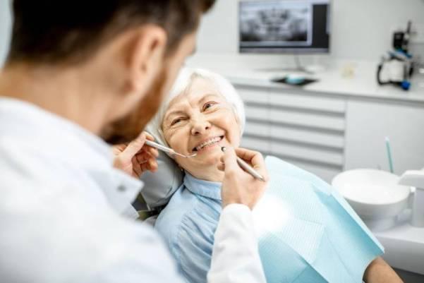 ancianos dientes