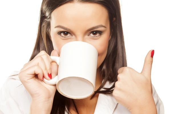 toma cafe con confianza