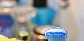 Ocho tips para reducir el riesgo bacteriano de un cepillo de dientes