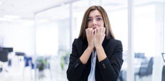 Morderse las uñas, un peligro para la salud oral según ICOEV