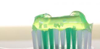 El Colegio de Dentistas de Cádiz entrega cuatro pasos imprescindibles para una correcta higiene bucal