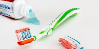 ¿Cuántas veces hay que cepillarse los dientes al día?