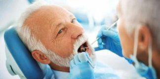 ancianos dentistas